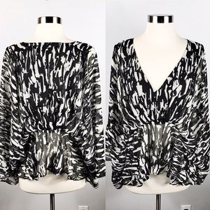 EUC✨A.COLIN BY FLYING TOMATO Blouse Black/White S